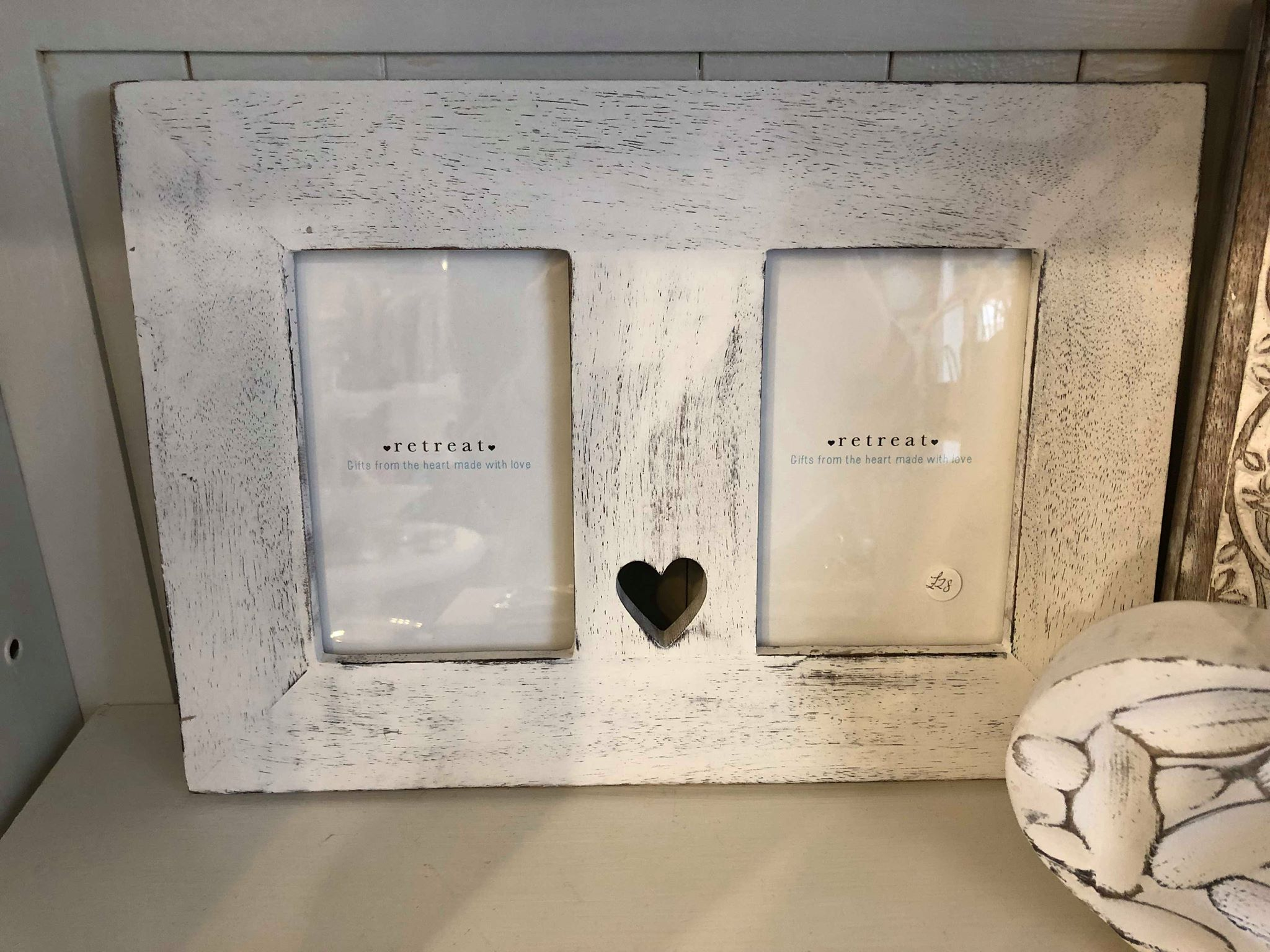 "Retreat Double Wooden Heart Frame White 6""x 4"""