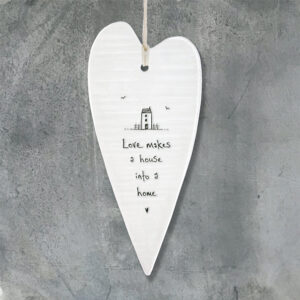 East of India Long Wobbly Heart 'Loves makes a house....