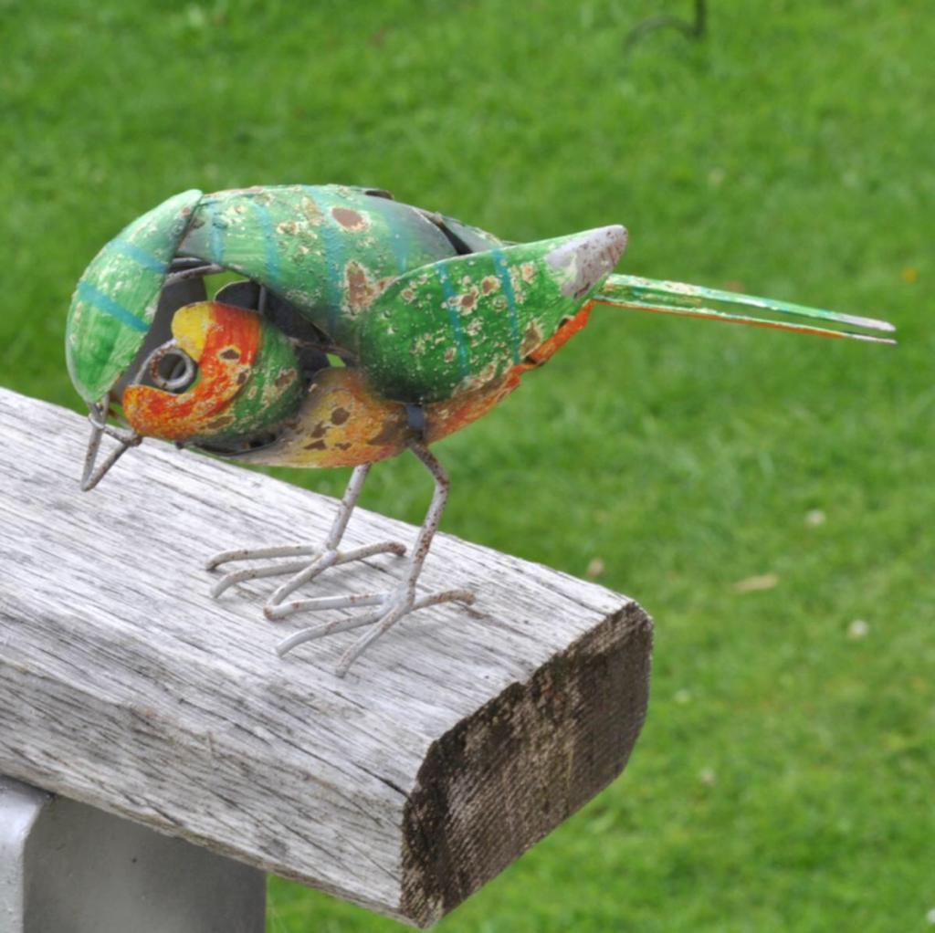 Adobe Greenfinch Decorative Garden Bird 20x6x11cm