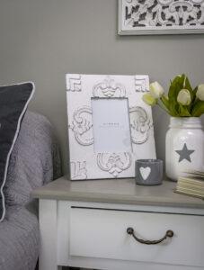 Retreat White Wood Chunky Ornate Frame