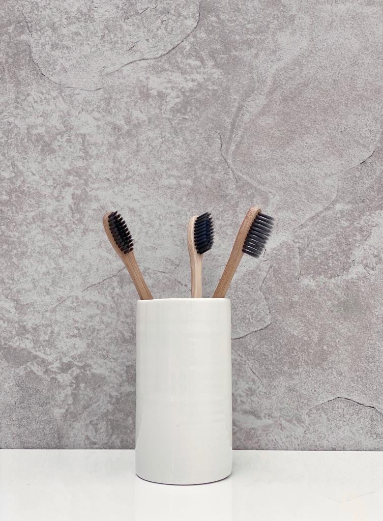 Chalk Porcelain Toothbrush Holder