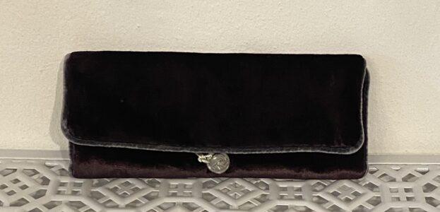 Lua Black Velvet Jewellery Roll