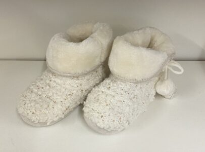White Knitted Slipper Bootees with Fur Trim