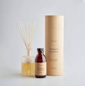 St eval Orange and Cinnamon reed diffuser
