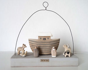 East of India Wooden Noah's Ark Scene Two by Two