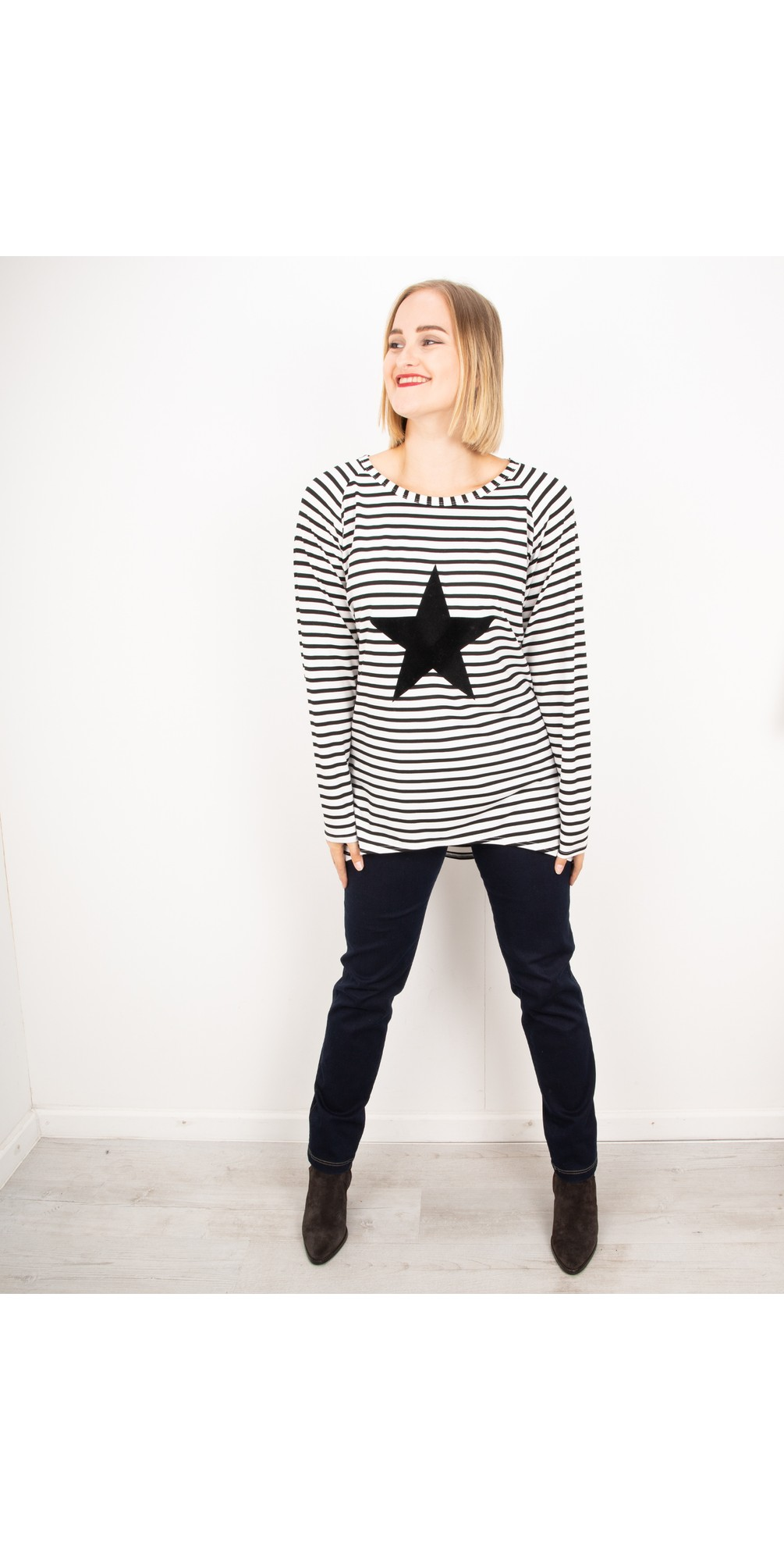 Chalk Robyn Top Black Stripe Giant Star